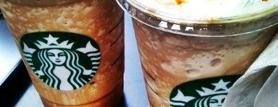 Starbucks is one of 冰淇淋 님이 좋아한 장소.