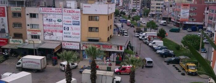 İzmir Gıda Çarşısı is one of Tempat yang Disukai Ahmet.