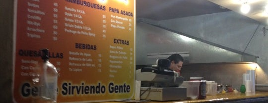 Venadito Grill is one of Locais curtidos por erio.