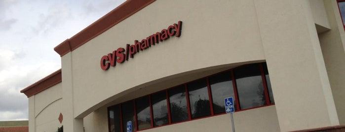 CVS pharmacy is one of Lugares favoritos de LUIS.
