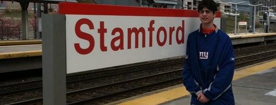 Track 4 - Stamford Metro North Station is one of Yunus'un Beğendiği Mekanlar.