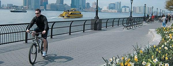 Battery Park City is one of Manhattan Neighbohoods.