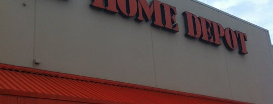 The Home Depot is one of Locais curtidos por Vixen.