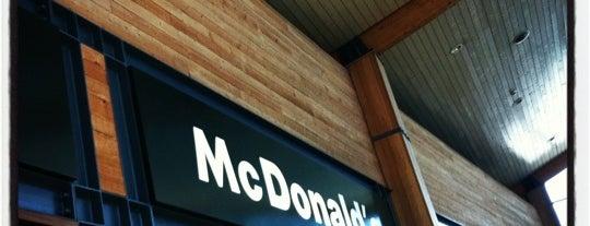 McDonald's is one of Lieux qui ont plu à Pedro.