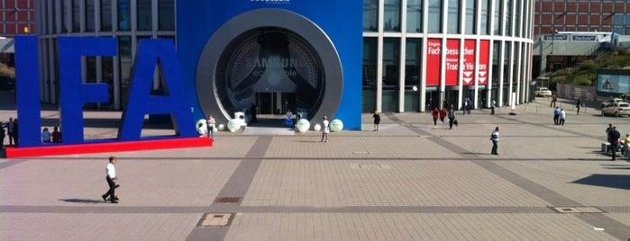 Messe Berlin is one of Eğlence.