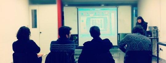 UDP - Facultad de Arquitectura, Arte y Diseño is one of Orte, die Verónica gefallen.