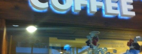 Starbucks is one of Posti che sono piaciuti a Kristen.