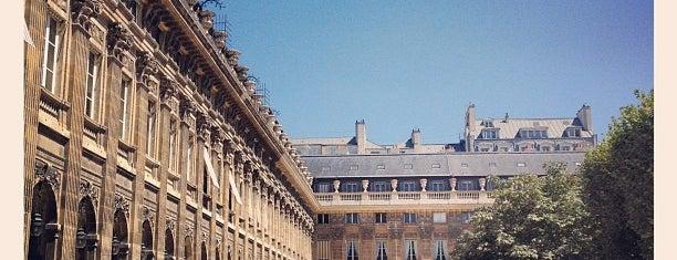 Jardin du Palais Royal is one of Paris, je t'aime.