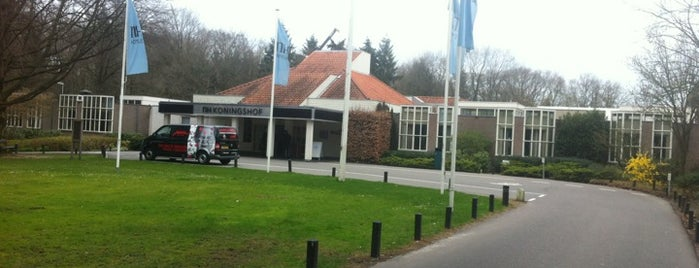 Hotel NH Eindhoven Conference Centre Koningshof is one of Locais curtidos por Adam.
