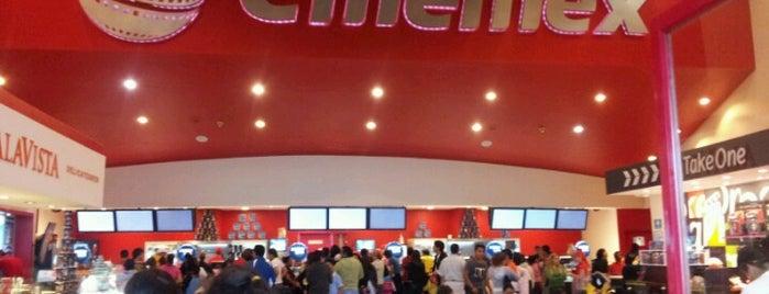 Cinemex is one of Locais curtidos por Mayra.