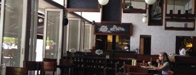 Bonuar Restaurante & Bar is one of Burgers.