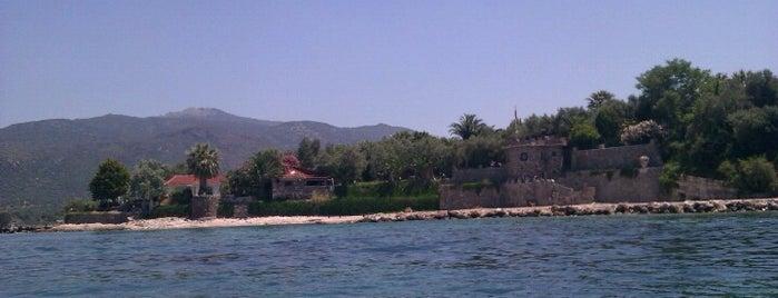 Kalem Adası is one of Dikili.
