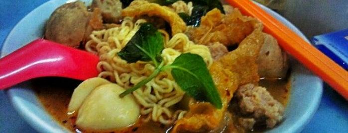 Raja Uda Famous Kwang Hwa Tom Yam Noodle is one of 🚁 Malaysia 🗺.