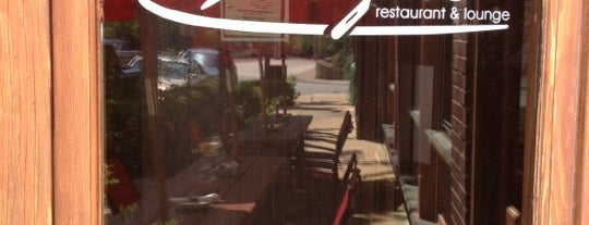 Frazer's Restaurant & Lounge is one of Lieux sauvegardés par Ricardo.