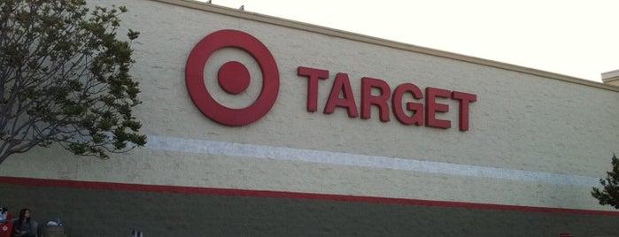 Target is one of Tempat yang Disukai Alberto J S.