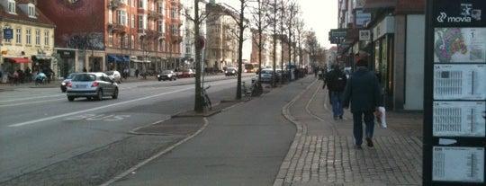 Poul Henningsens Plads is one of Plaza-sightseeing i København.