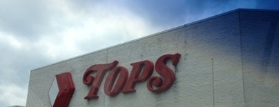 Tops Friendly Markets is one of Jeffrey'in Beğendiği Mekanlar.
