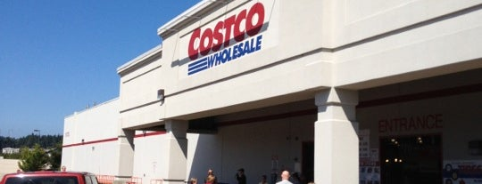 Costco Wholesale is one of Orte, die Brian gefallen.