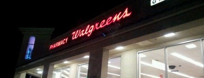 Walgreens is one of Locais curtidos por Fernando Viana.