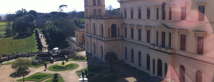 Osborne House is one of Lieux qui ont plu à Carl.