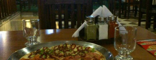 Mr. Pizza is one of pour manger =).