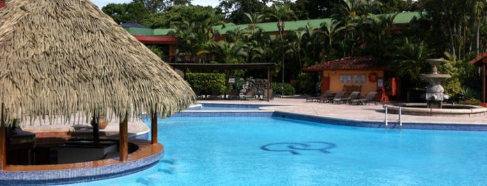 DoubleTree by Hilton Cariari San Jose - Costa Rica is one of สถานที่ที่ Fernando ถูกใจ.