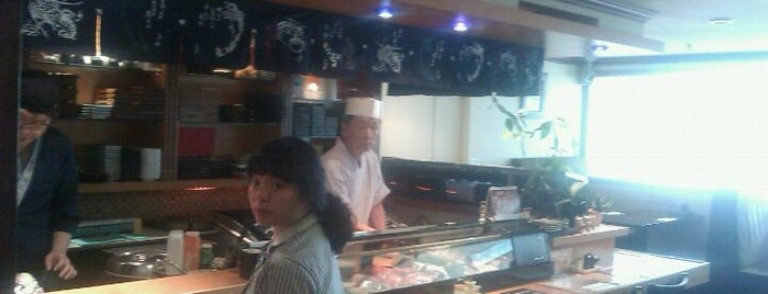 Centre Point Sushi Cafe is one of Jonathanさんのお気に入りスポット.