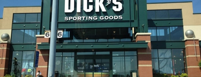 DICK'S Sporting Goods is one of Places With Mostly Bad Reviews.