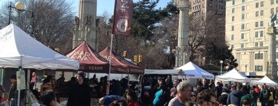 Grand Army Plaza Greenmarket is one of Brooklyn bucketlist.