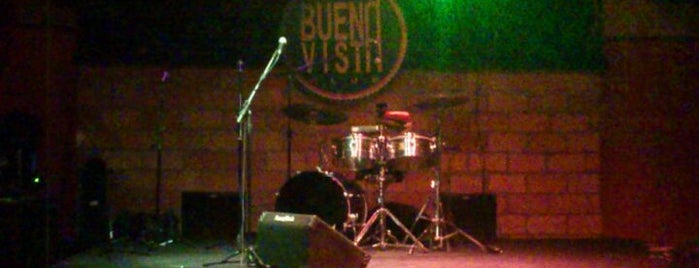 Buena Vista Club is one of To na night.