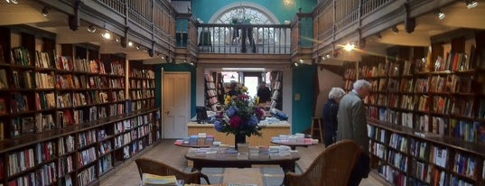 Daunt Books is one of London Faves.