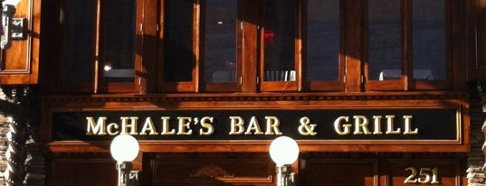 McHale's Bar & Grill is one of Lieux sauvegardés par Lizzie.