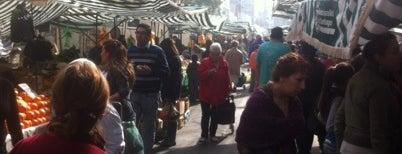 Feria Fray Camilo Henriquez is one of Santiago Centro 2.
