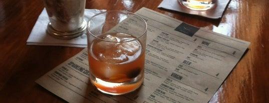 Solera Wine Lounge & Cheshire Bar is one of Locais salvos de David.