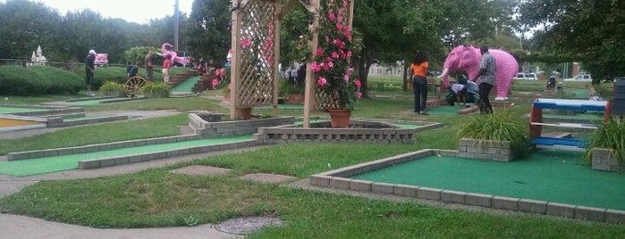 Jawors Golf Center is one of Posti che sono piaciuti a Nina.