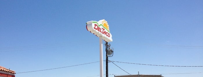Del Taco is one of Lugares favoritos de Anthony.