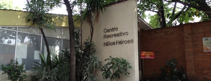 Centro Recreativo Niños Heroes DIF is one of Locais curtidos por Alicia.