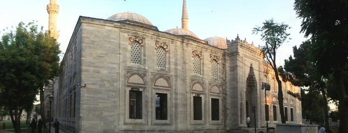 Şehzadebaşı Camii is one of Photo Locations Worth Going Back.