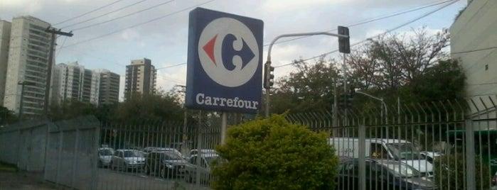 Carrefour is one of Maria Fernanda 님이 좋아한 장소.