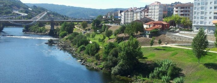 Ourense is one of Capitales de provincia.