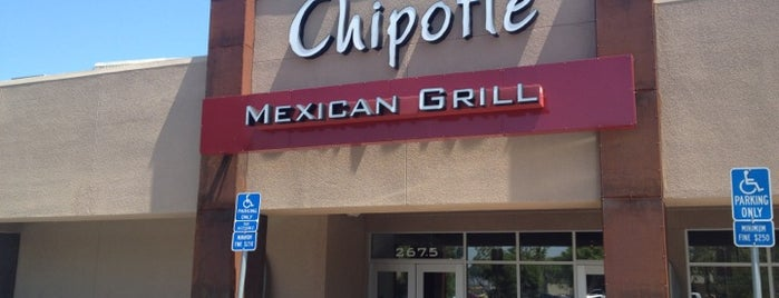 Chipotle Mexican Grill is one of Locais curtidos por Jhansi.