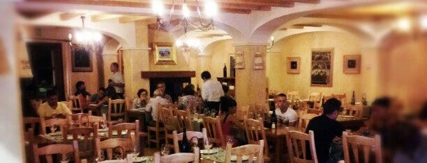 Casa Jacinto is one of Restaurantes favoritos.