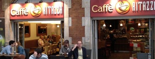 Caffè Ritazza is one of Tempat yang Disimpan Efthimis.