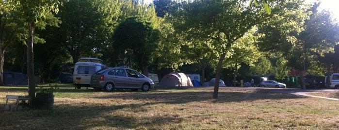 Camping Municipal de Esperaza is one of Posti che sono piaciuti a Adamo.