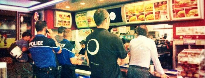 Burger King is one of Lieux qui ont plu à Dasha.