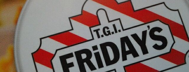 TGI Fridays is one of Locais salvos de Kat.