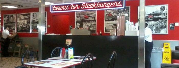 Steak 'n Shake is one of Lugares favoritos de PJ.