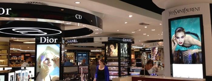 Duty Free Shop is one of Orte, die Olga gefallen.