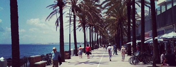 Paseo Marítimo Marbella is one of Places I've been.