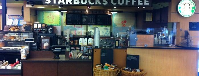 Starbucks is one of Carl'ın Kaydettiği Mekanlar.
